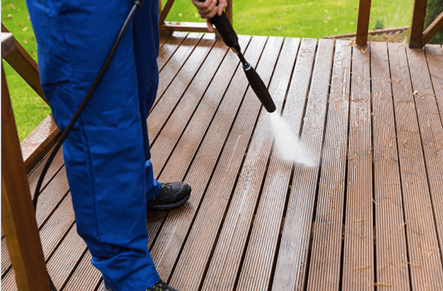 deck cleaning bowie